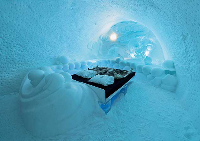 2-icehotel
