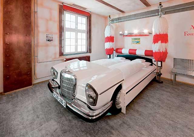 21-v8-hotel-motorworld-region-stuttgart